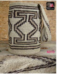 Mochila Arhuaca Wiggly Crochet, Tapestry Crochet, Rock Art, Ikat, Wicker, Reusable Tote Bags, Throw Pillows, Purses, Knitting