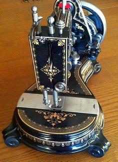 Antique Sewing Machine Grimmi Natalis Model Washington (Original Washington hand crank sewing machine).