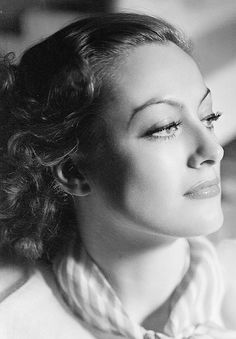 Wehadfacesthen: deforest: Joan Crawford photographed by...