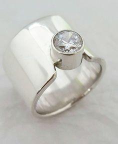 Claddagh ring sterling silver 925 Baby bijoux émeraude zircone cubique hauteur 7 mm taille 3