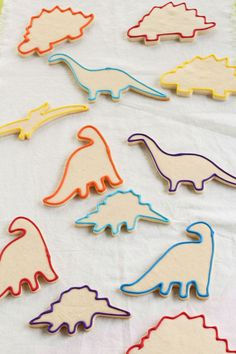 How to Make Fun Dinosaur Cookies -Sugar Cookies Decorated with Royal Icing | The Bearfoot Baker