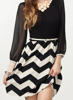 chevron + skinny belt + statement necklace :: love!