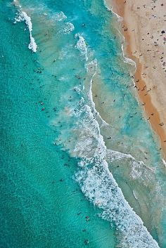 Summer Dayz - A beautiful summer day degrees) in Jan this year. This is City Beach and one of Perth's most popular locations when the temps soar :) Aerial Photography, Landscape Photography, Ocean Photography, Photography Tips, Travel Photography, Iphone 7 Wallpapers, Wallpaper Backgrounds, Summer Landscape, Birds Eye View