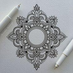 mandala-a-colorier-facilement-02 #mandala #coloriage #adulte via dessin2mandala.com
