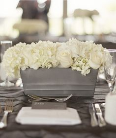 Floral ♥ Centerpiece Idea || Spray Paint an Old Tin Container and Insert White Wedding Flowers into a Foam Block to place inside the Containter