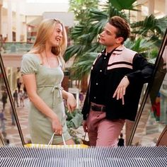 Queston Cher would spend a typical weekend shopping at the mall with Christian. Clueless 1995, Clueless Fashion, Clueless Outfits, Cool Outfits, 90s Fashion, Fashion Beauty, Clueless Aesthetic, Cher Horowitz, Google Shopping