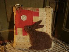 Antique Quilt Rabbit Pinkeep