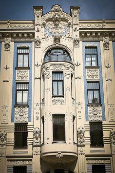 Riga Art-Nuveau // Riga, capital y ciudad más grande de Letonia, es la ciudad más grande de los estados bálticos.