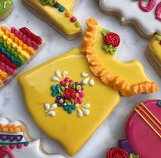 Fiesta Dress Cookie Cutter from Sweet Silhouettes on Etsy Crazy Cookies, Fancy Cookies, Iced Cookies, Cute Cookies, Royal Icing Cookies, Sugar Cookies, Cookies Et Biscuits, Fiesta Cake, Fiesta Dress