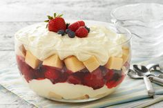 Summer Berry Trifle recipe @SpreadPhilly @CoolWhip