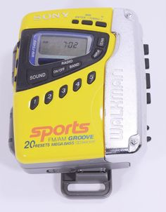 Sony Sports Walkman WM-FS499 FM/AM Groove Radio Cassette Player Mega Bass #Sony