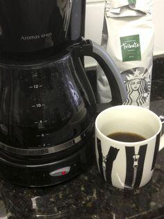 La cafetera del café café. Fanática del trasnoche.