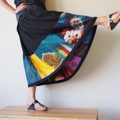 色々なビンテージの着物地を使ったフレアスカート -ロング Inspiration only - long flared skirt with various vintage kimono pieces