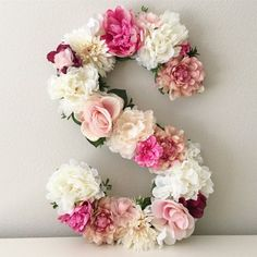 "19"" floral letter that can be"
