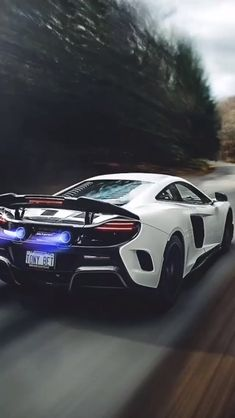 Plotaverse animation by Bruno Costa Editor Lion Wallpaper, Live Wallpaper Iphone, Marvel Wallpaper, Galaxy Wallpaper, Beautiful Nature Wallpaper, Beautiful Landscapes, Motion Images, Car Man Cave, Top Luxury Cars