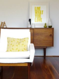 Perfect balance of mid-century pieces and fresh handmade accents Houzz