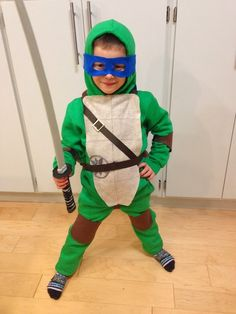 Happy Halloween! This year our little crazy 5 year old had no doubts in his mind- he wanted to be a Ninja Turtle. So initially we did wh...