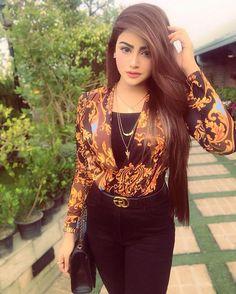 Brishty - New Ideas Stylish Girls Photos, Stylish Girl Pic, Girl Photos, Beautiful Blonde Girl, Beautiful Girl Photo, Beautiful Girl Wallpaper, Indian Fashion Trends, Stylish Dpz, Blogger Girl