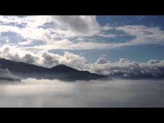 とびしま街道 雲海の中 - YouTube