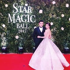 I aspire to look this classy with someone that is so special to ne as how special kim and xian treat each other 😍😭 KimXi at the #StarMagicBall2017 ❤️ it's their 6th year together!   #XianLim #KimChiu #KimXi #starmagic25