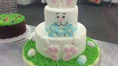 Buddy Valastro's Easter Bunny Cake How To. Too cute!