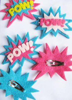 Items similar to Girly POW Superhero Set of Felt Hair Clips on Etsy barettes de super-heroïne en feutrine Felt Crafts, Diy And Crafts, Crafts For Kids, Arts And Crafts, Craft Projects, Sewing Projects, Projects To Try, Felt Hair Clips, Diy Hair Clips