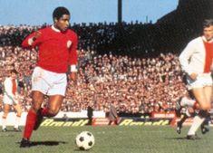 Eusebio vs England