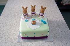 Sylvanian Families bunny cake
