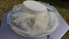 Hat & matching bag, white/ivory, wedding/races/Ascot/formal, summer, classic