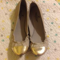 Like new silver flats Like new silver flats with metallic cap toe. Extremely comfy shoes American Eagle Outfitters Shoes