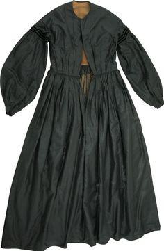 Civil War Era Dresses | 57231: Civil War Era Mourning Dress from Gettysburg : Lot 57231