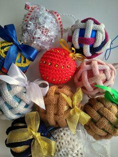 Купить Шары вязаные новогодние в интернет магазине на Ярмарке Мастеров