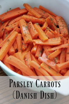 This traditional Danish dish of carrots with parsley is so simple. Your family will love this recipe! Vegetarian Cooking, Vegetarian Recipes, Cooking Recipes, Vegetarian Barbecue, Barbecue Recipes, Cooking Tips, Danish Cuisine, Danish Food, Carrot Recipes