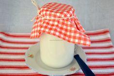 cum se pune laptele la prins in borcan legat cu tifon sau servetel