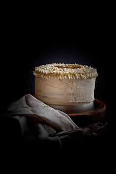 Dark food photography can evoke a sense of mystery and beauty. Check out these tips and techniques for elevating your own photos with this moody trend.