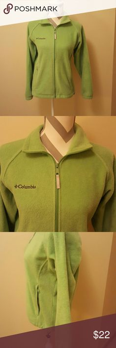 Columbia Ladies Full Zip Fleece Jacket Sweater Columbia sportswear company brand in a size Small. The jacket is a soft fleece, full zip up, has two front pockets, stretchy waistband,  and Columbia logo on the front. Smoke free home and fast shipping. Thank you for checking out my closet. Columbia Jackets & Coats