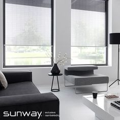 Transparante stoffen van SUNWAY filteren het licht mooi en zijn geschikt voor toepassing in een woonkamer. Modern Blinds, Modern Curtains, Curtains With Blinds, Blinds For Bifold Doors, Interior Window Trim, Room Additions, New Home Designs, Mid Century Modern Design, Living Room Modern