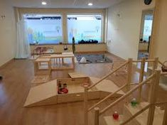 관련 이미지 Montessori, Nursery, Desk, Infant, Furniture, Home Decor, Image, Classroom, Desktop