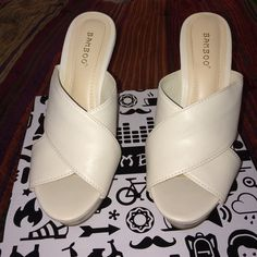 """Bamboo ivory wedges Heel is 5"""" and the platform is 1 1/2. Worn maybe once for a few hours and that's it. If you need more pictures, please just ask! 🙂 Bamboo Shoes Wedges"""