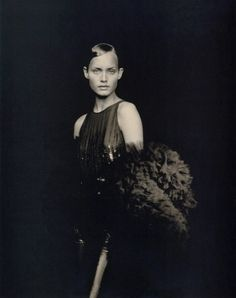 Photo of Amber Valletta by Paolo Roversi for Vogue Paris
