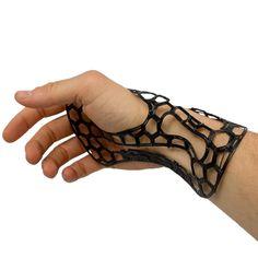 http://3dprintingindustry.com/2015/05/27/prof-levis-lab-3d-prints-arm-braces-using-high-performance-composites/