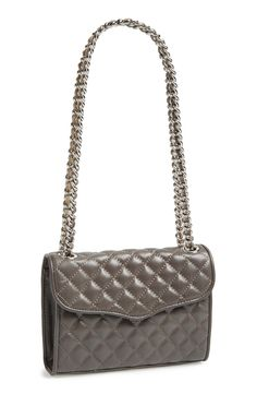 This Rebecca Minkoff crossbody bag, perfect for weekend outings!