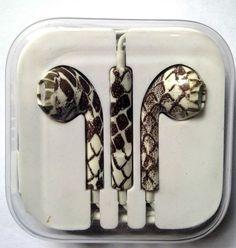 iPhone 5, 5S 5C Headphones Earpods Handsfree with Mic and Volume Controller