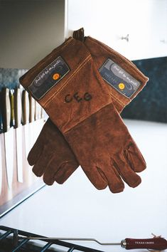 Personalized Leather BBQ Gloves | Groomsmen Gifts | #TheManRegistry http://www.themanregistry.com/gifts/custom-branded-leather-bbq-grilling-gloves.html