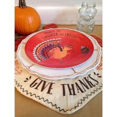 I love my @potterybarnkids inspired #Thanksgiving #Tablescape that I featured in the Holiday Craftacular on Friday.