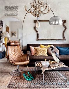 Killer chair and loads of juxtaposition make this quite a room
