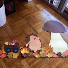 Top 40 Examples for Handmade Paper Events - Everything About Kindergarten Autumn Crafts, Autumn Art, Autumn Theme, Autumn Activities, Activities For Kids, Diy Crafts For Kids, Art For Kids, Hedgehog Craft, Creation Deco