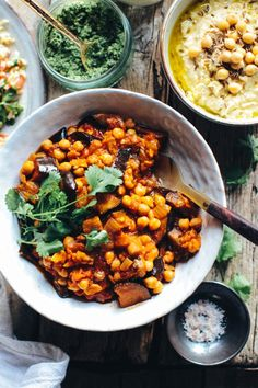Moussaka – Aubergine and Chickpea Stew with Herby Rice (vegan & gluten free). A super easy & healthy recipe packed with flavour. Perfect for a quick lunch or dinner. Veggie Recipes, Vegetarian Recipes, Cooking Recipes, Healthy Recipes, Rice Recipes, Recipes Dinner, Aubergine Recipe, Chickpea Stew, Middle Eastern Recipes