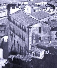 Messina, Santa Barbara, Mansions, House Styles, Painting, Home Decor, Decoration Home, Manor Houses, Room Decor