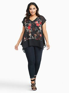 Hard pass on this blouse. I don't like the curved bottom edge, mix of print and solid, or the big block stripe at the waist. Plus Size Floral Print Satin & Chiffon Blouse Big Girl Fashion, Modest Fashion, Fashion Outfits, Fashion Tips, Men Fashion, Plus Size Girls, Plus Size Women, Spring Outfits Women, Full Figure Fashion